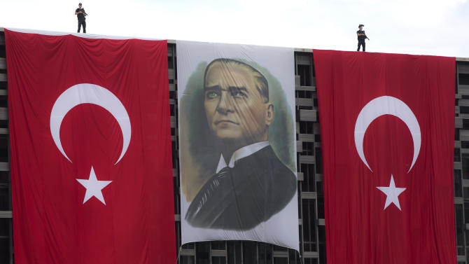 Turkish gov't open to referendum to end protests