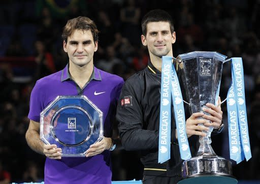 Top-ranked Djokovic tops Federer to win ATP finals