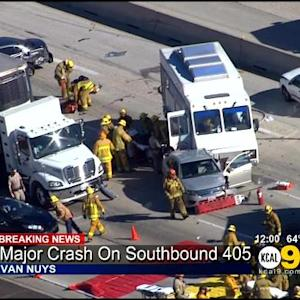 SB I-405 Reopens After 11 Injured In Van Nuys Multi-Vehicle Crash