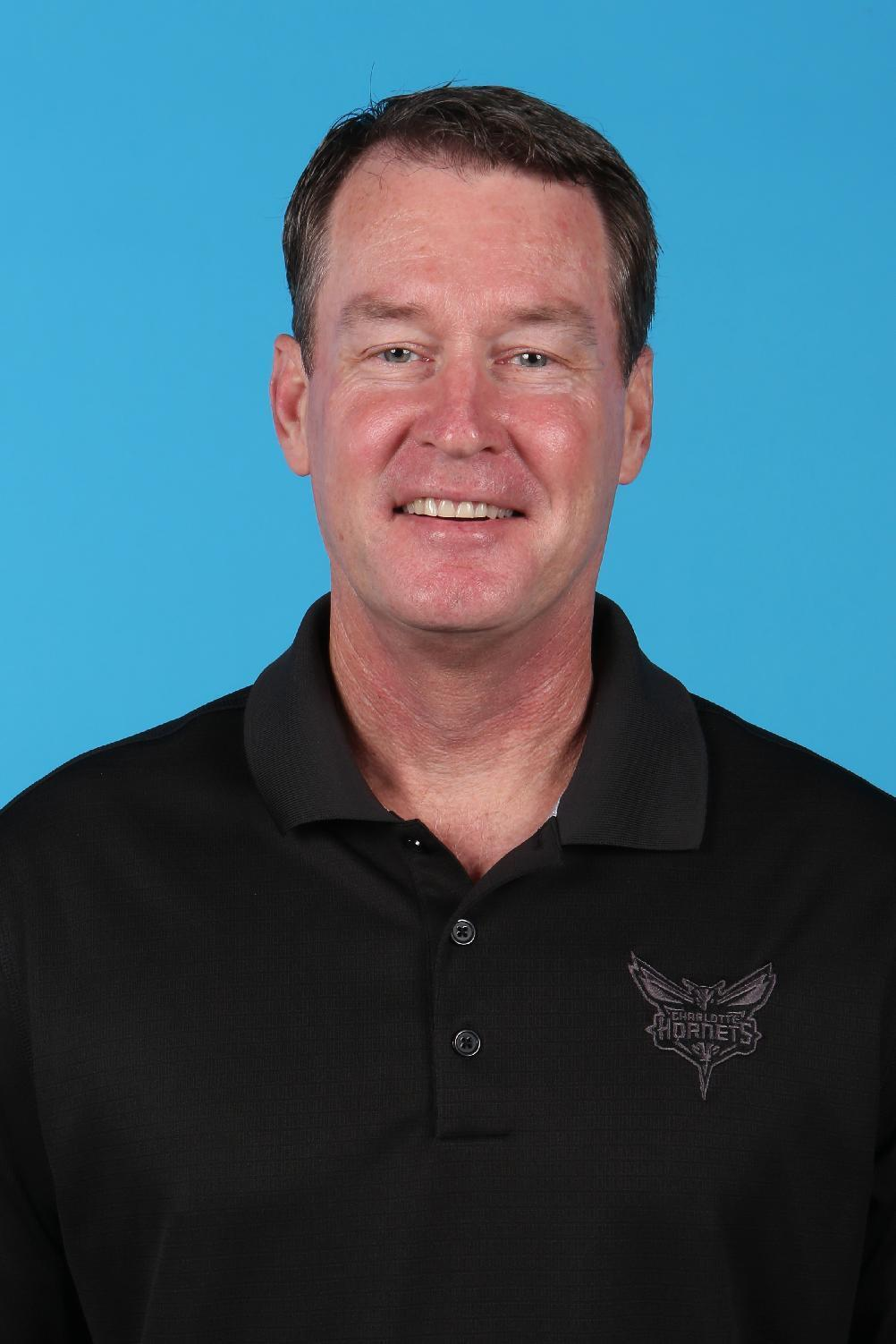 AP Source: Mark Price to take over as Charlotte 49ers coach
