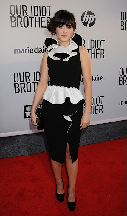 Year in review Worst Red Carpet Looks 2011 Zooey Deschanel