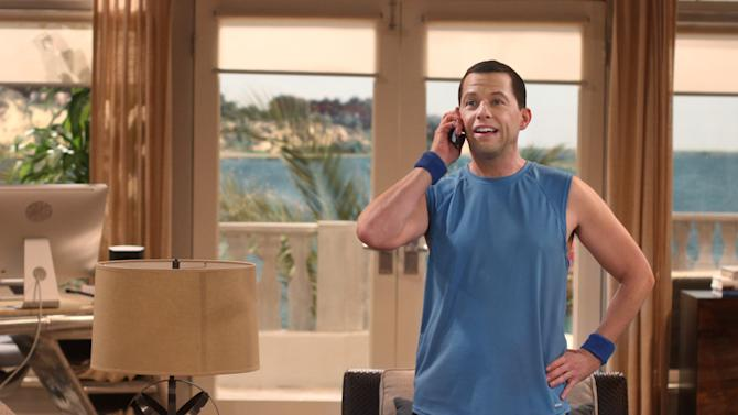 """This undated image released by CBS shows actor Jon Cryer in a scene from """"Two and a Half Men.""""  On Sunday, Sept. 16, 2012, Cryer injured himself during the cycling part of a triathlon  after losing control of his bicycle. He suffered scrapes and bruises but no broken bones. (AP Photo/CBS, Michael Ansell)"""