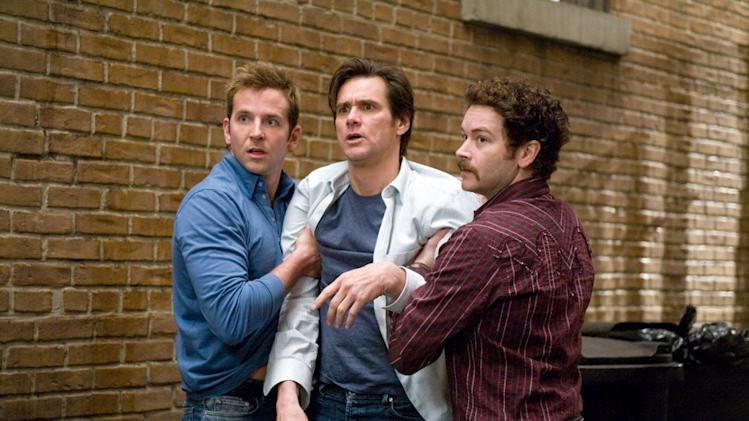 Bradley Cooper Danny Masterson Jim Carrey Yes Man Production Stills Warner Bros. Pictures 2008