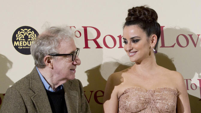 """WAIT FOR STORY - FILE - From left, actor and director Woody Allen, and actors, Penelope Cruz and Roberto Benigni pose on the red carpet of the movie """"To Rome with Love"""", in Rome, Friday, April 13, 2012. (AP Photo/Andrew Medichini)"""