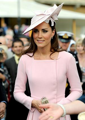 PIC: Kate Middleton Recycles Dress for Tea Party at Buckingham Palace