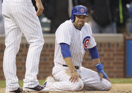 Bases-loaded walk in 11th leads Cubs past Dodgers