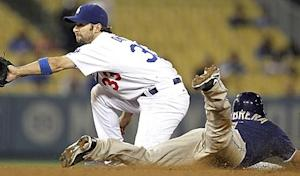 Padres give foes the runaround