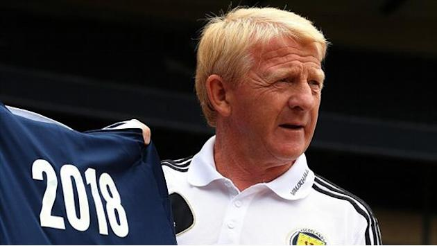 Football - Strachan promises to attack England