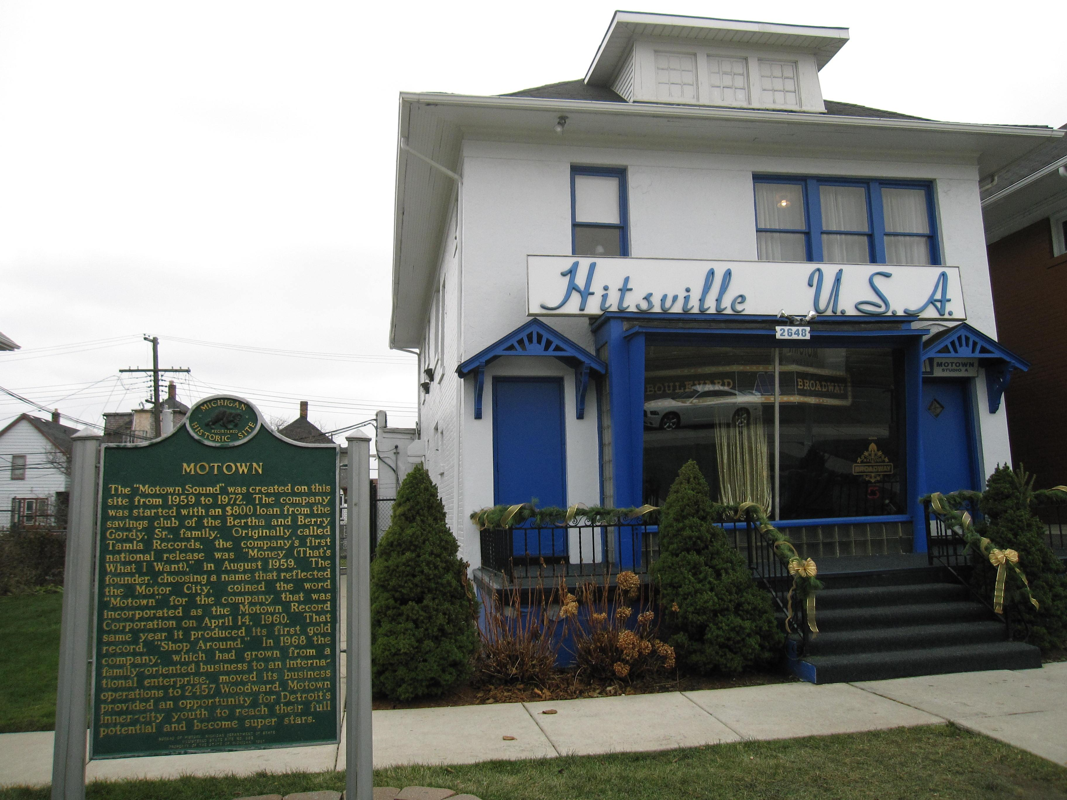 A tourist in Detroit: Motown, coney dogs and art
