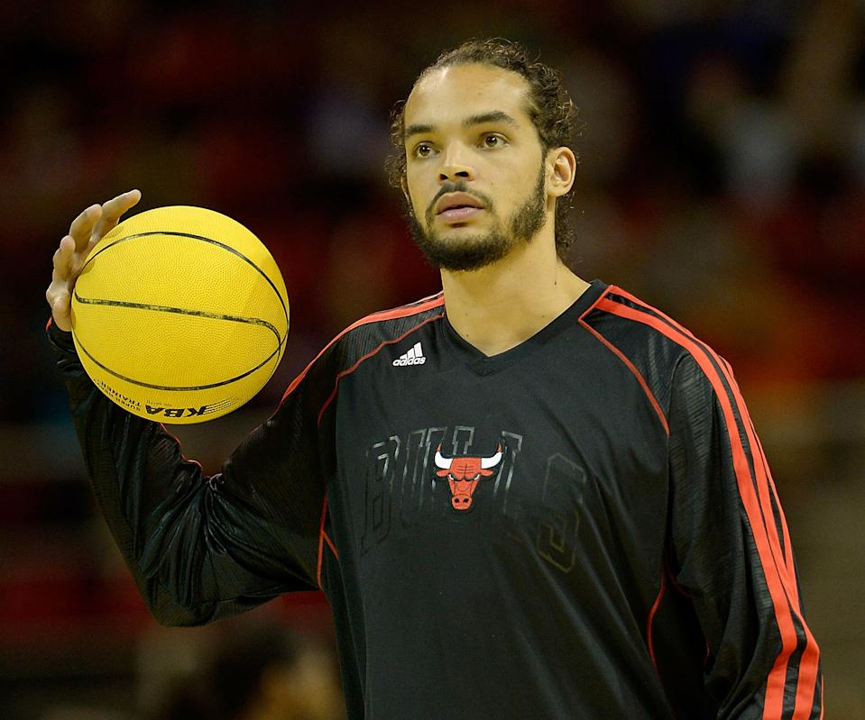Bulls shut down injured Noah for a week