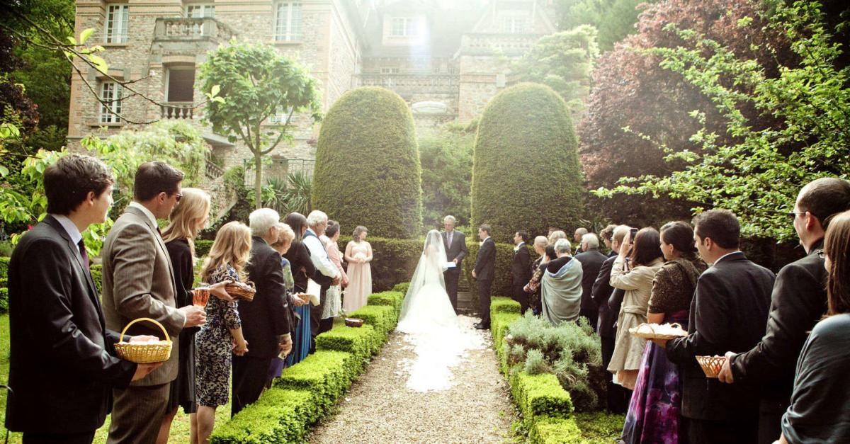 13 Wedding Traditions With Silly Origins