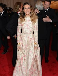 Sarah Jessica Parker wears a floral print at the &#39;Schiaparelli And Prada: Impossible Conversations&#39; Costume Institute Gala at the Metropolitan Museum of Art in New York City on May 7, 2012  -- Getty Images