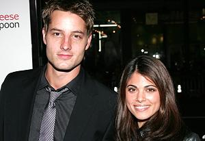 Justin  Hartley and Lindsay Hartley | Photo Credits: David Livingston/Getty Images