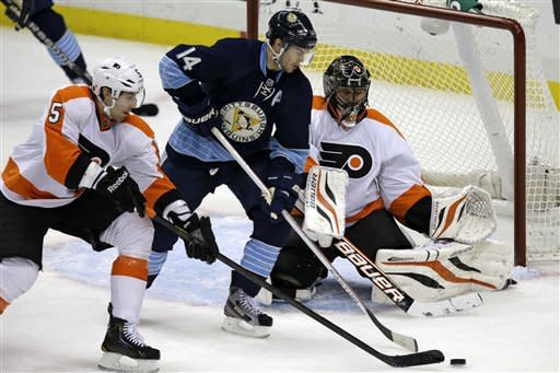 Penguins top Flyers 2-1 in overtime
