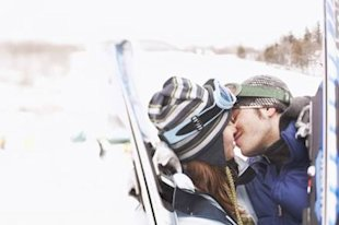 7 fun and festive date ideas: Grab your skis