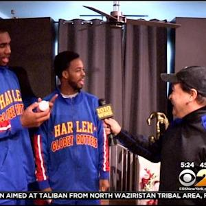 Montone On The Move: Harlem Globetrotters Spread Holiday Cheer