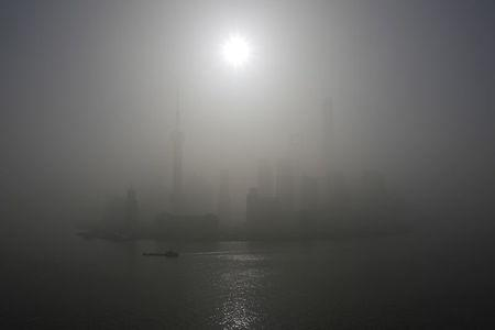 Chinese authorities tell local weather forecasters to stop issuing smog alerts