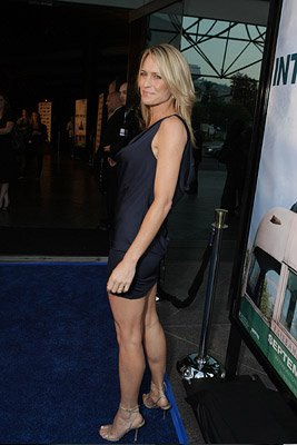 Robin Wright Penn at the Los Angeles premiere of Paramount Vantage's Into the Wild