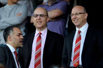 Bayern president Hoeness criticises money-driven Manchester United owners