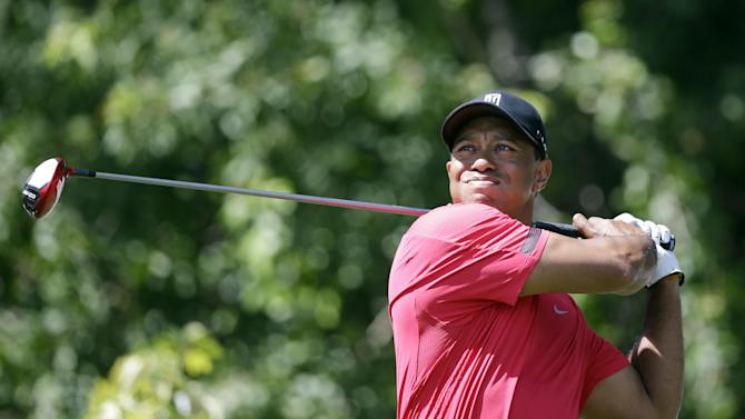 Tiger begins road to Augusta with a limp