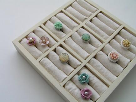 DIY Ring Display Case by Tea Rose