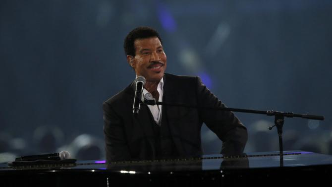 Musician Lionel Richie performs a medley on stage at the 2016 MusiCares Person of the Year gala in Los Angeles