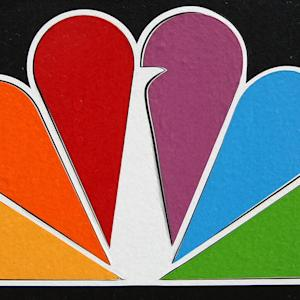 NBC SETTLES WITH 'SNL' INTERNS