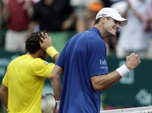 Isner, Almagro reach Houston final