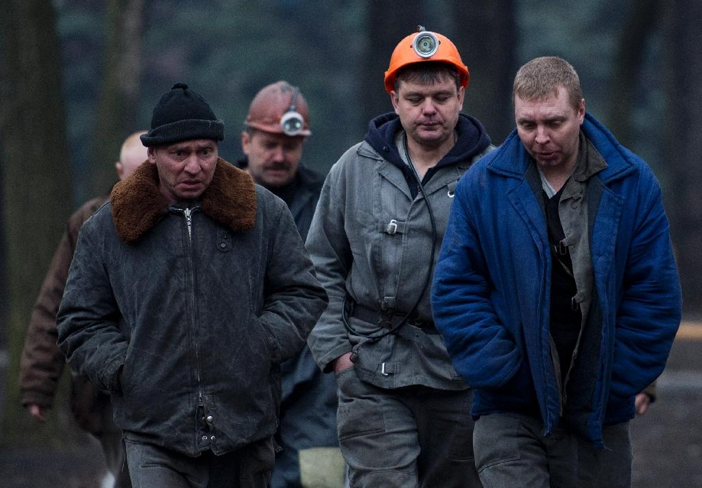 Over 30 feared dead in east Ukraine mine blast