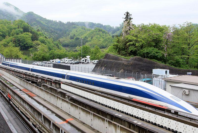 Japanese maglev train breaks world speed record for second time in a week