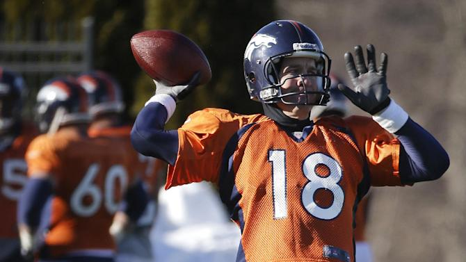 Manning still has strong fan base in Indianapolis