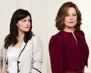 Exclusive Political Animals Video: Carla Gugino Clashes With Sigourney Weaver, Ellen Burstyn