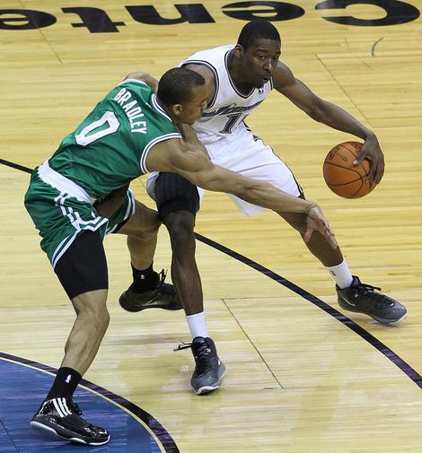 Boston Celtics Reportedly Pass on Contract Extension for Avery Bradley