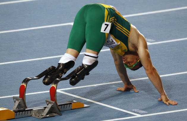 Pistorius of South Africa prepares for the men's 400 metres semi-final at the IAAF World Championships in Daegu