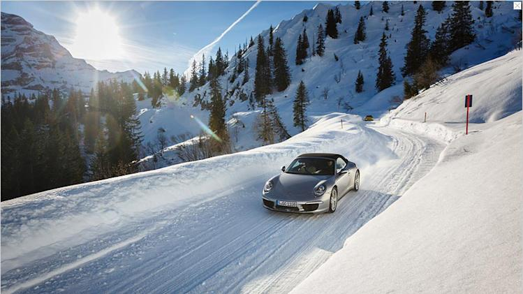 Porsche 911 nimble on snow and ice