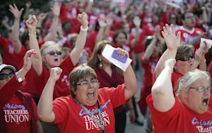 26,000 Chicago Teachers Will Strike on Monday