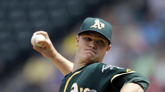 Gray earns 10th win in A's 4-1 victory over M's