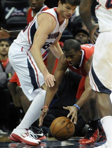 Teague, Pachulia lead Atlanta past Clippers