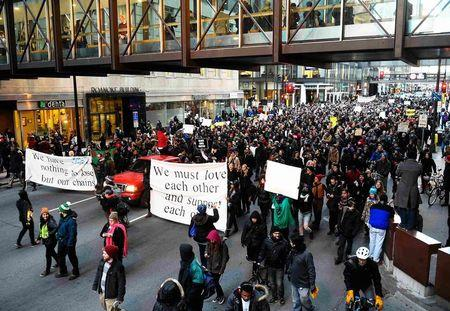 Minneapolis Black Lives Matter protesters hold community Thanksgiving