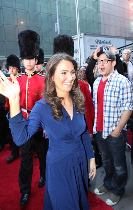 Kate Middleton Look-a-Like Turns Heads