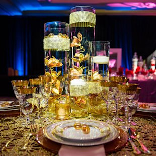 Beyoncé's ultra-glam table display filled with dazzling gold and sparkling crystals is perfect the R&B queen.