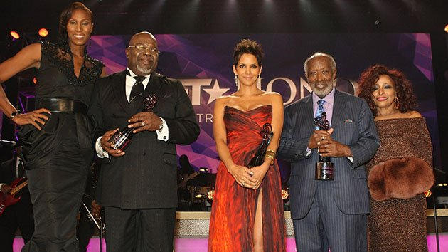 WASHINGTON, DC - JANUARY 12:  (L-R) Lisa Leslie, T.D. Jakes, Halle Berry, Clarence Avant and Chaka Khan onstage at BET Honors 2013 at Warner Theatre on January 12, 2013 in Washington, DC.