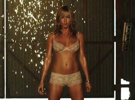 Jennifer Aniston : son torride striptease