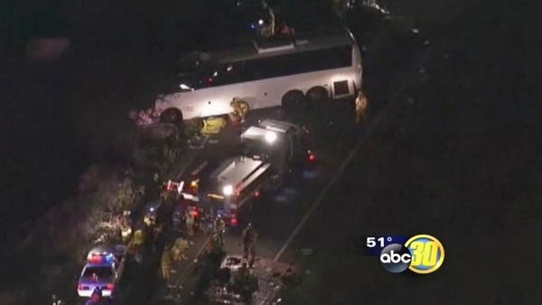 Tour bus crash in Southern California kills eight