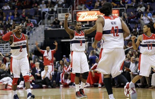 Without Griffin, Clippers fall 98-90 to Wizards