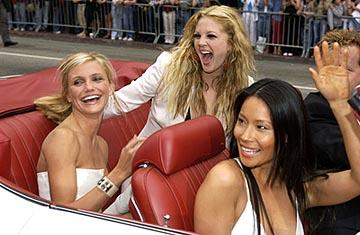 Premiere: Cameron Diaz, Drew Barrymore and Lucy Liu at the LA premiere of Columbia's Charlie's Angels: Full Throttle - 6/18/2003
