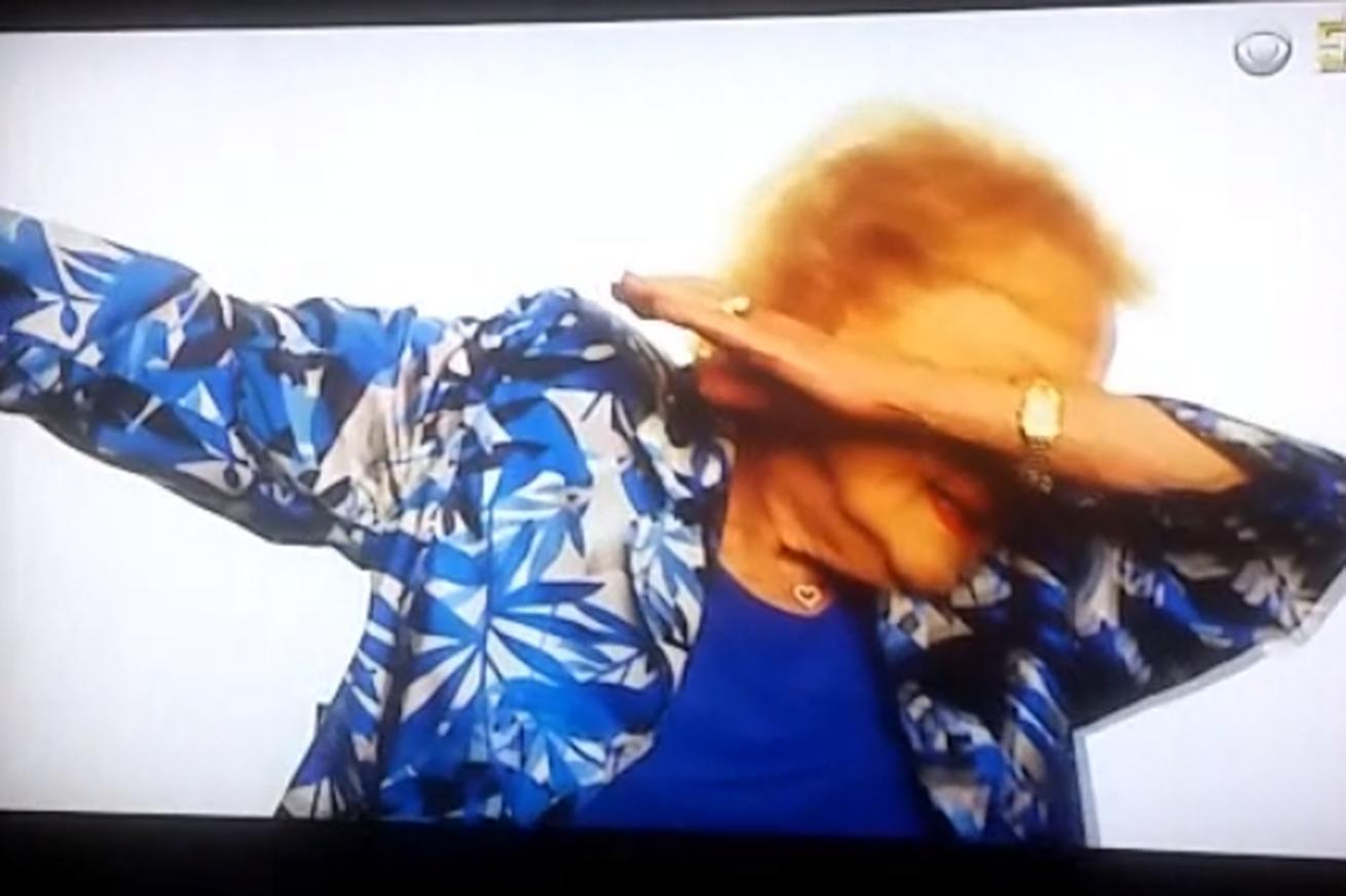 Betty White dabbed to open the Super Bowl
