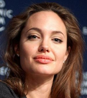 Angelina Jolie Cried at Romantic Christmas Engagement - Best Celebrity Engagements