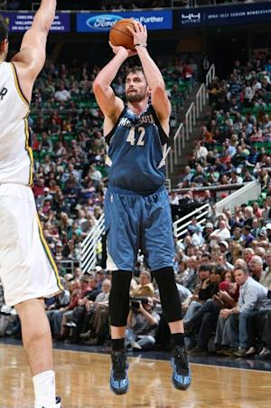 Love triple-double lifts Wolves over Jazz 121-104
