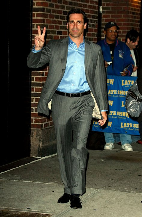 "Jon Hamm visits ""Late Show with David Letterman"" at the Ed Sullivan Theater on October 5, 2009 in New York City."